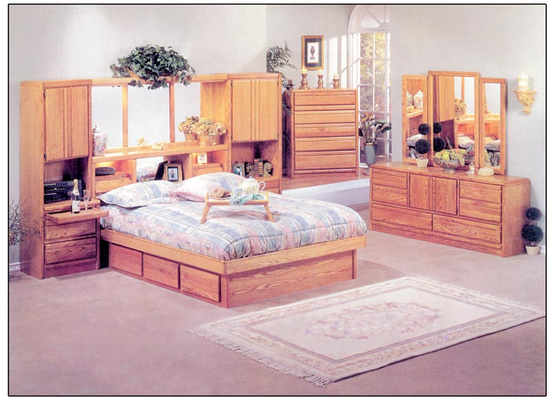King Oak Coronado Wall Unit / Waterbed