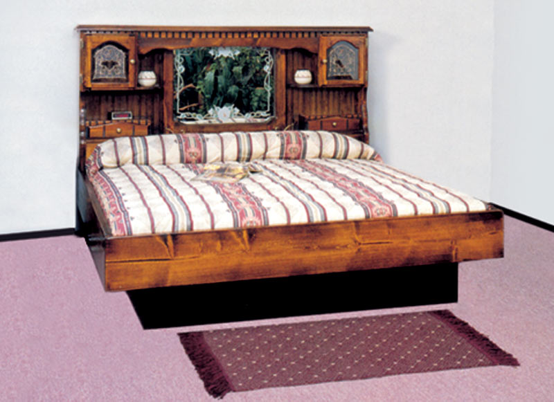 Queen Countryside Floral Wood Frame Waterbed